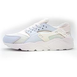 Женские кроссовки Nike Huarache белые