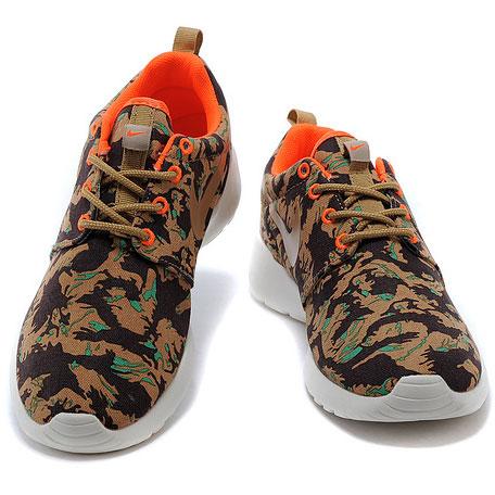 фото front Мужские кроссовки Nike Roshe Run хаки front
