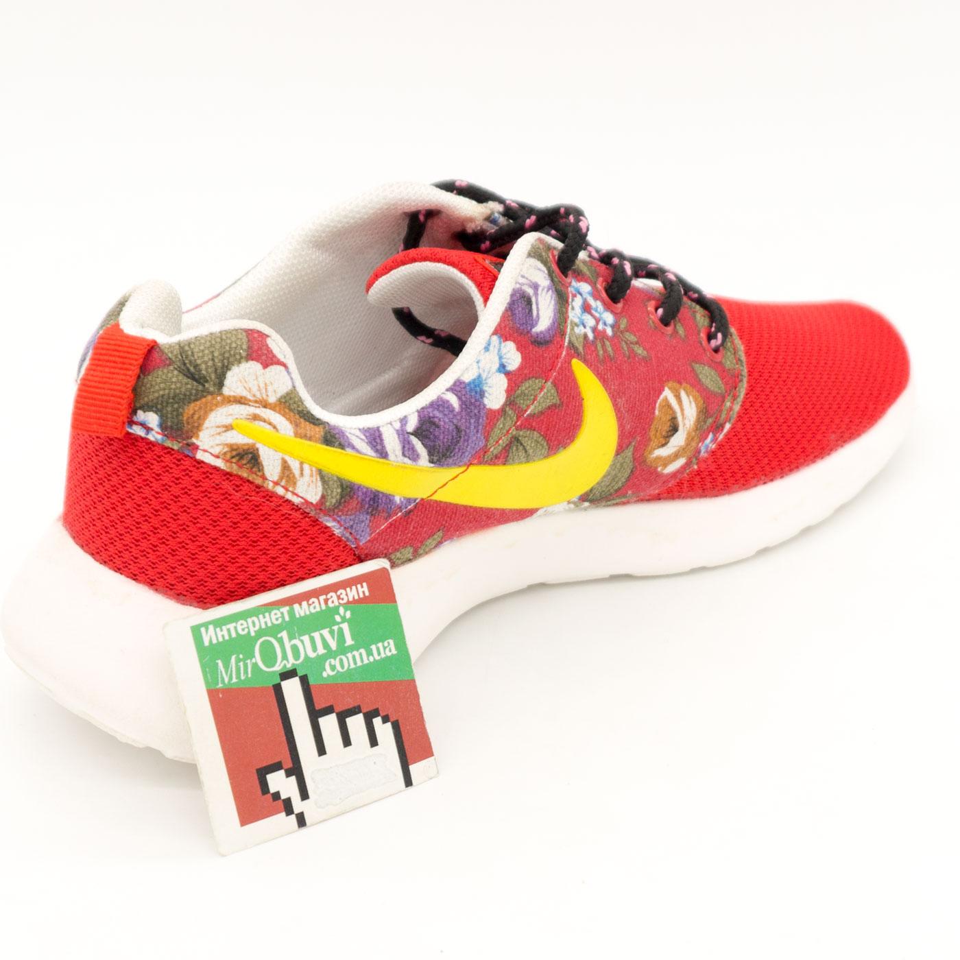 фото back Женские кроссовки Nike Roshe Run красные в цветочек back