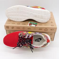 фото bottom Женские кроссовки Nike Roshe Run красные в цветочек bottom