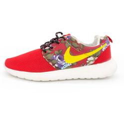 Женские кроссовки Nike Roshe Run красные в цветочек