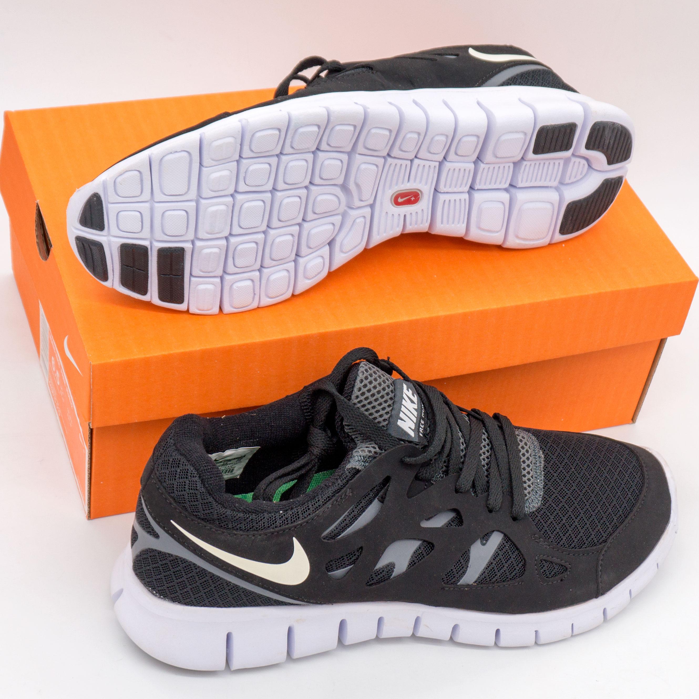 фото bottom Кроссовки для бега Nike Free Run 2 Найк Фри Ран, черно-белые bottom