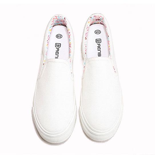 фото front Женские белые слипоны на толстой подошве RenBen 8127-1 front