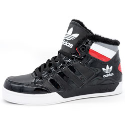 Зимние кроссовки Adidas G21405 черные