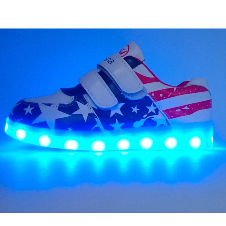 54b1ca9e78c9 Низкие светящиеся кроссовки (флаг, липучка), купить низкие кроссовки ...
