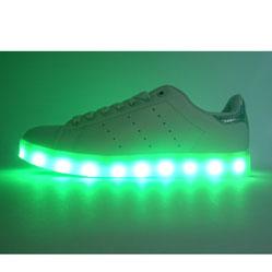 Светящиеся кроссовки Led низкие белые Stan Smith