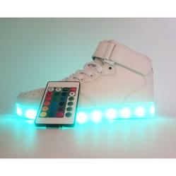 Светящиеся кроссовки Led высокие с пультом