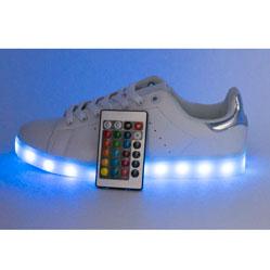 Светящиеся кроссовки с пультом Led низкие белые Stan Smith