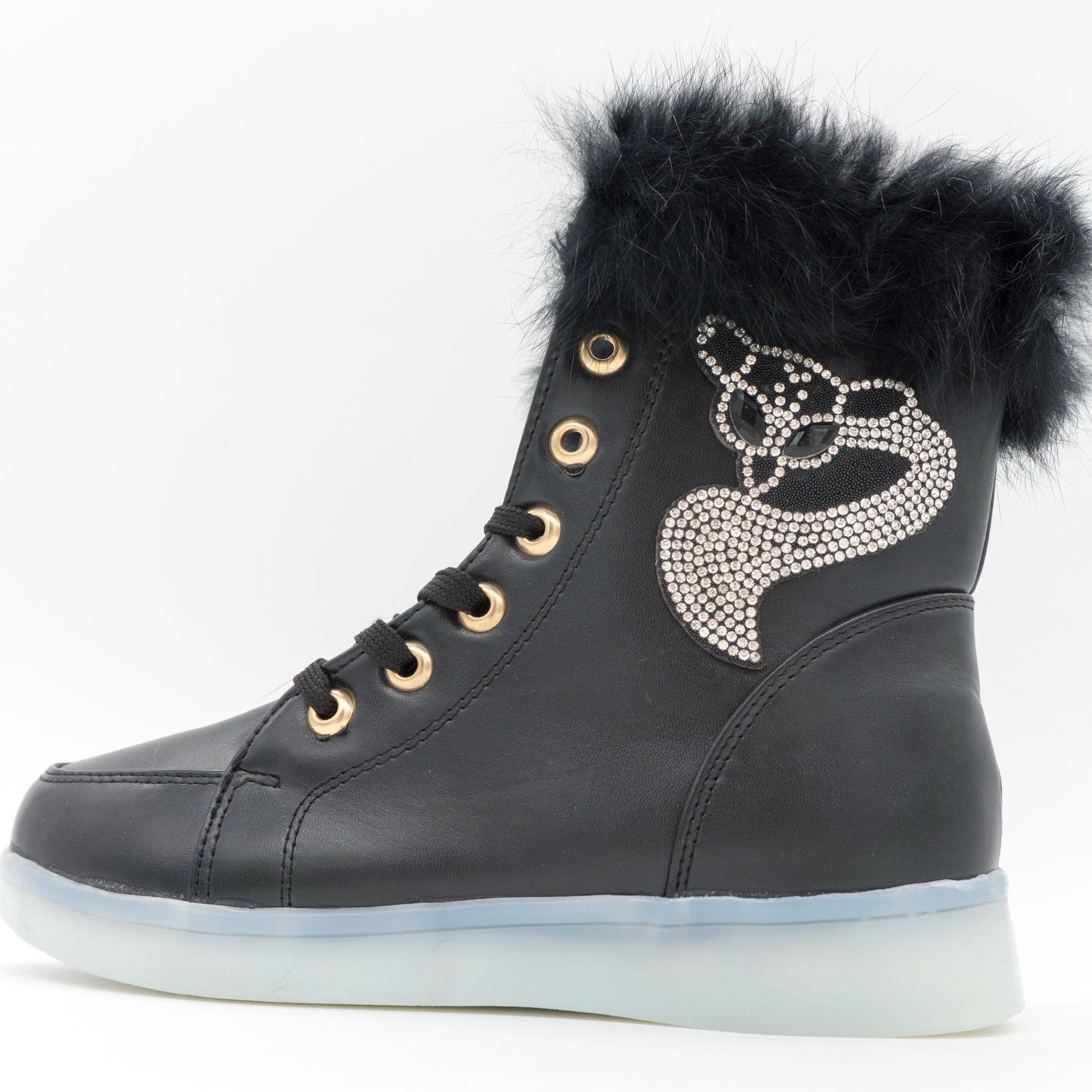 фото front Зимние светящиеся кроссовки Led на меху - черные с пультом front