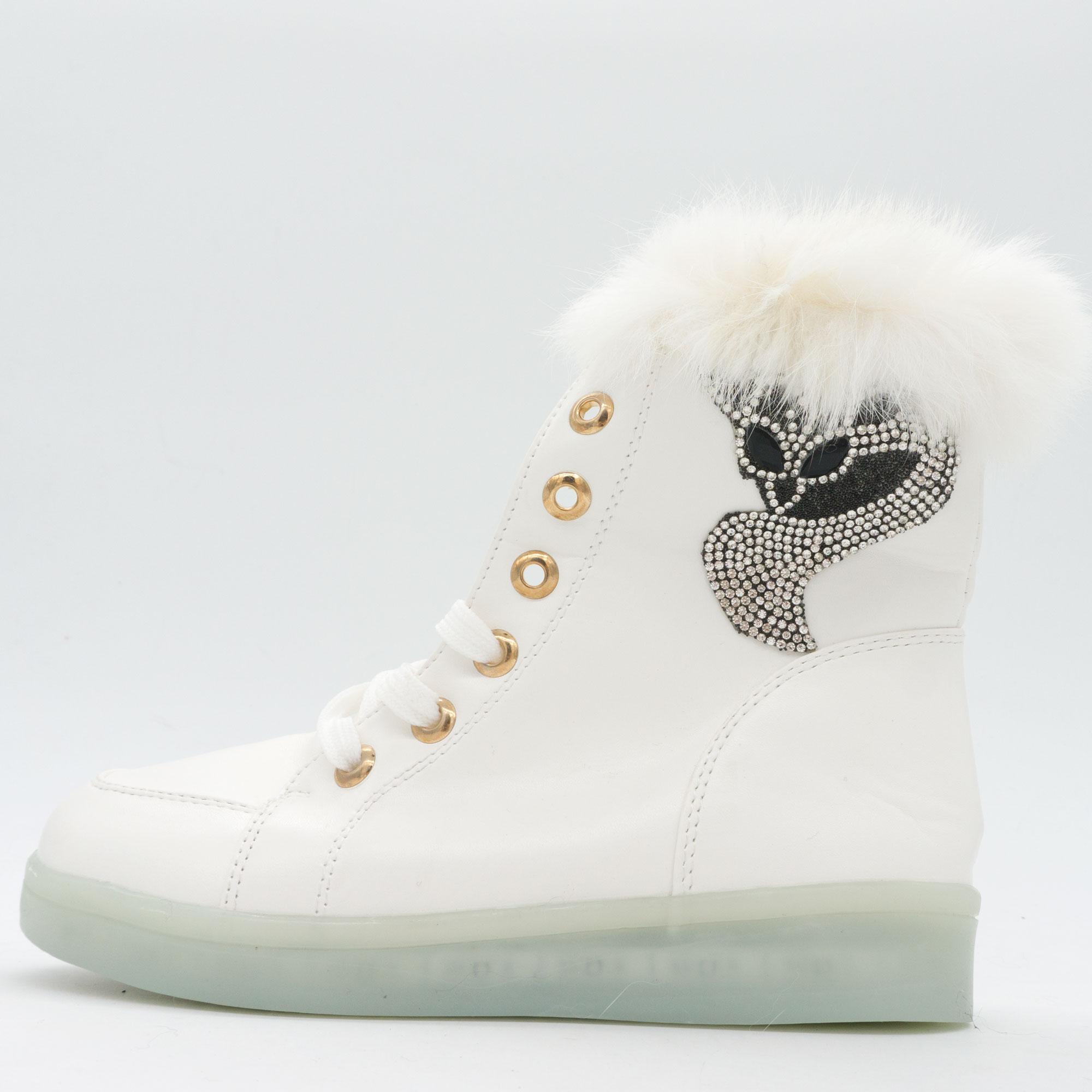 фото front Зимние светящиеся кроссовки Led на меху - белые с пультом front