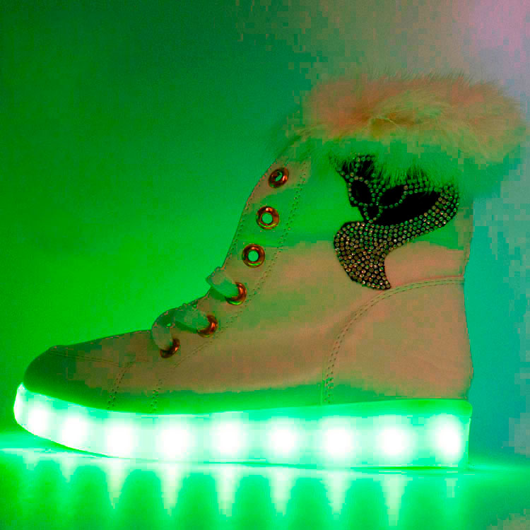 фото main Зимние светящиеся кроссовки Led на меху - белые с пультом main