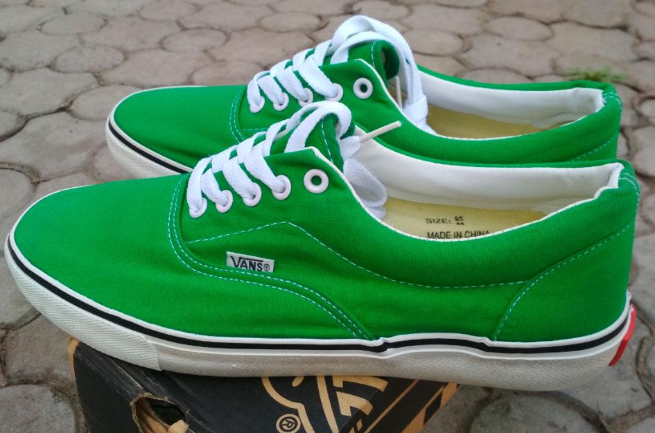 большое фото №5 Кеды Vans Classic lace зеленые.