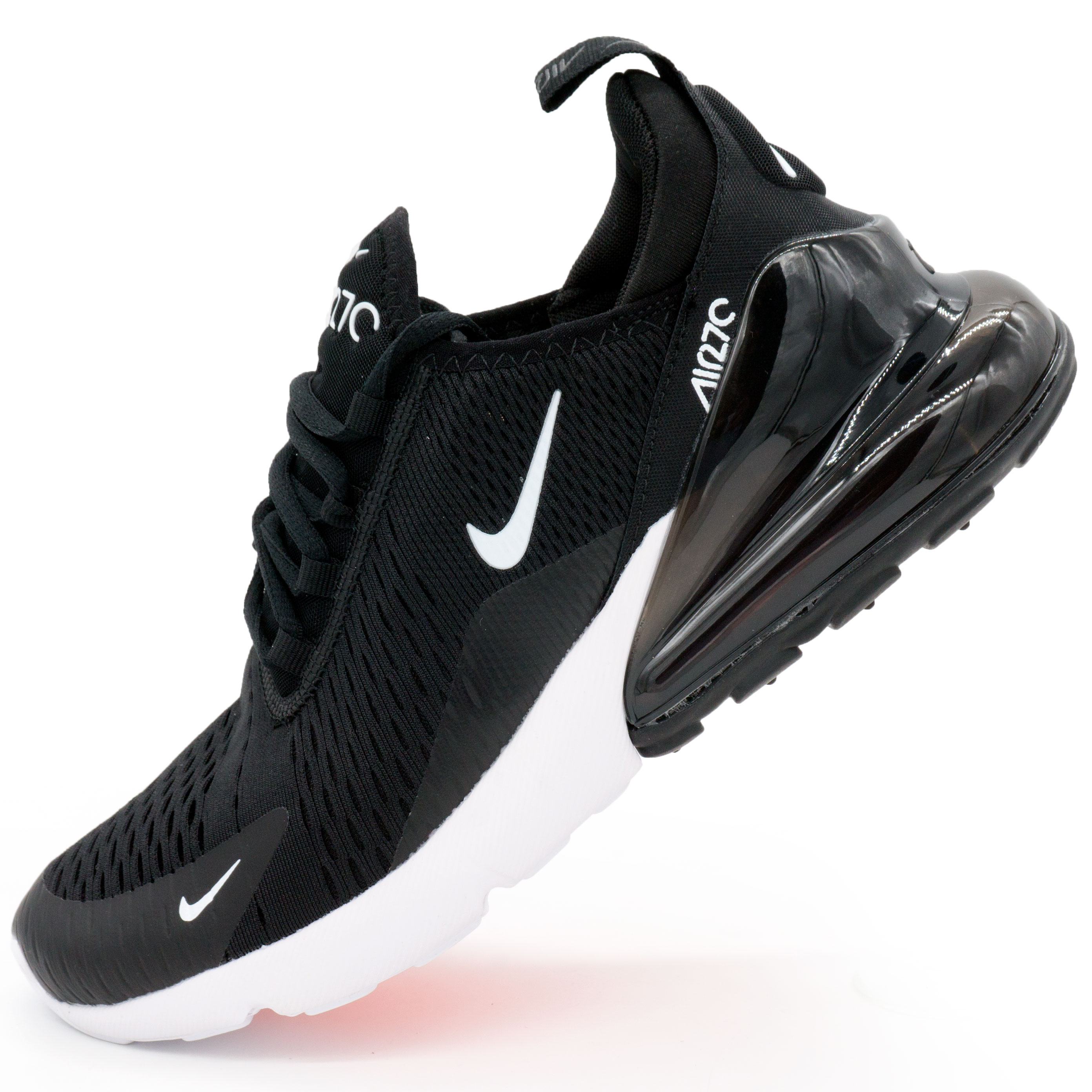 00070152 Топ качество! фото main Кроссовки Nike Air Max 270 Flyknit черно белые.