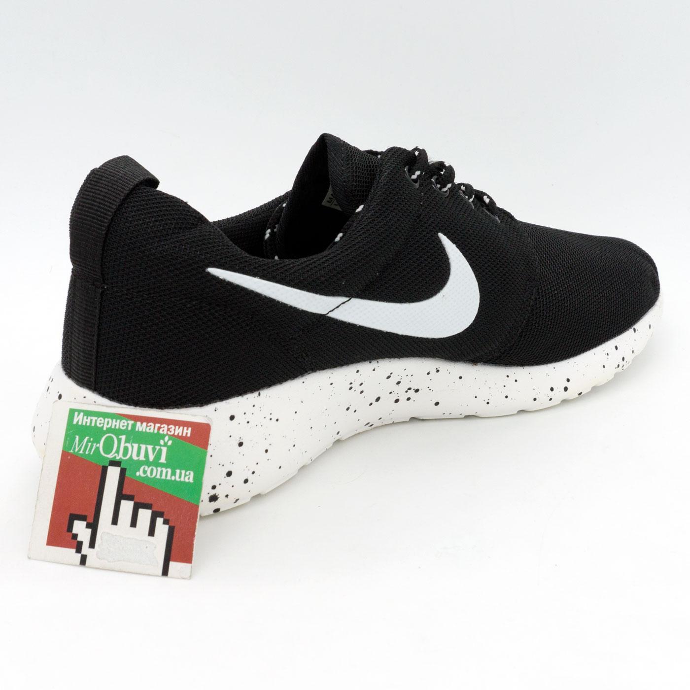 фото front Nike Roshe Run черно белые в крапинку. front