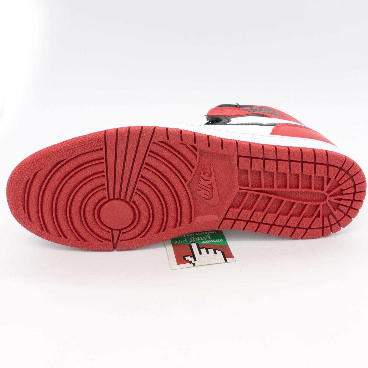 фото back Высокие белым и красным кроссовки Nike Air Jordan 1. Топ качество! back