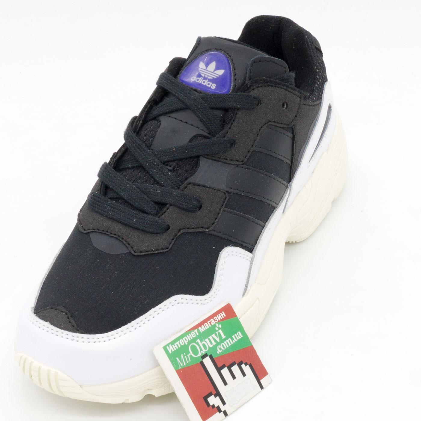 фото front Кроссовки Adidas Yung-96 черно-белые. Топ качество! front