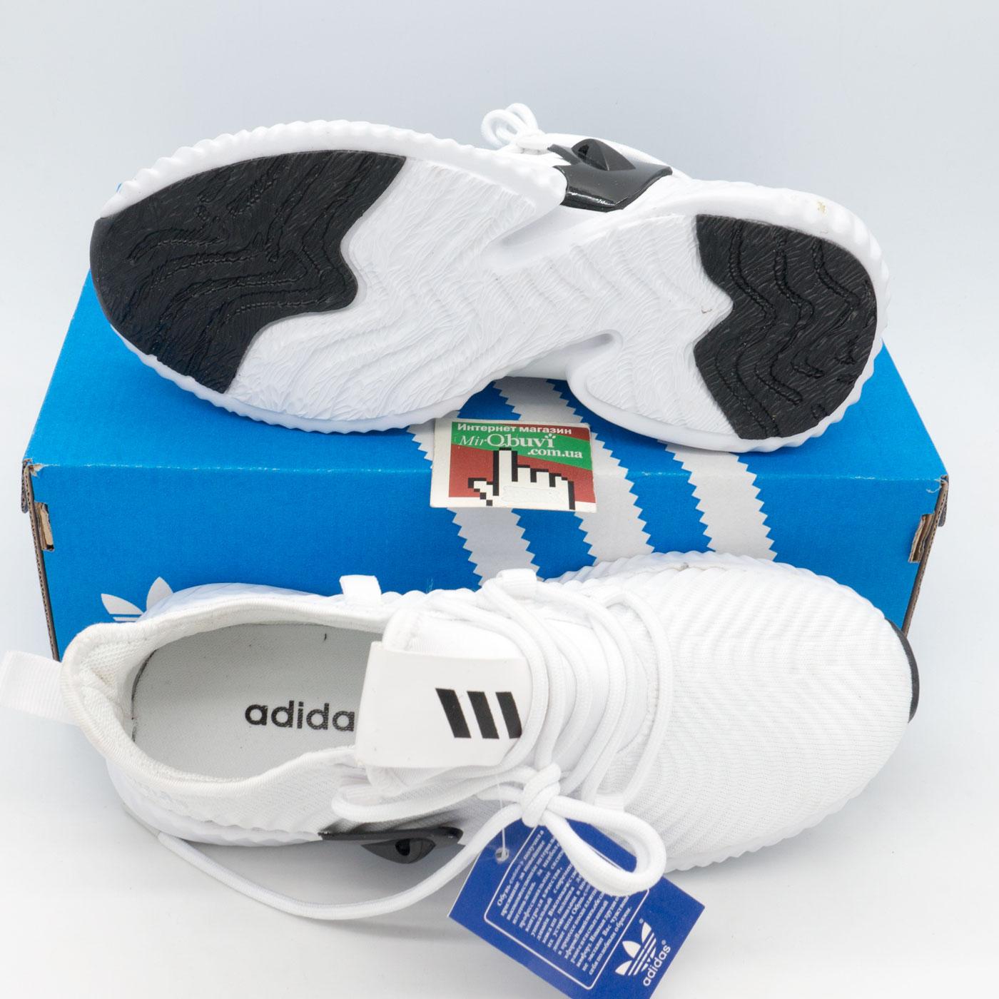 фото bottom Женские кроссовки Adidas Alphabounce Instinct белые. bottom