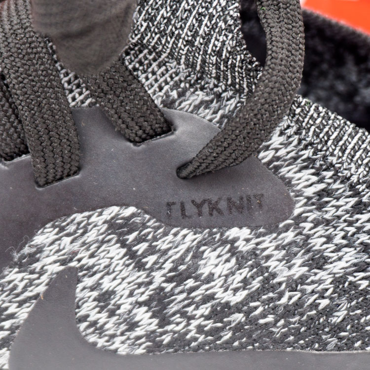 большое фото №6 Мужские кроссовки для бега Nike Epic React Flyknit зебра. Топ качество!