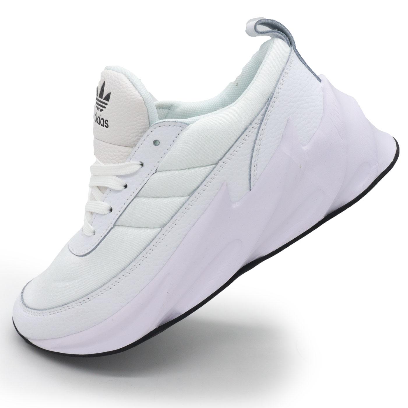 фото main Женские кроссовки Adidas Sharks белые. Топ качество! main