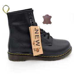 Черные женские ботинки в Dr. Martens, натуральная гладкая кожа - Топ качество!
