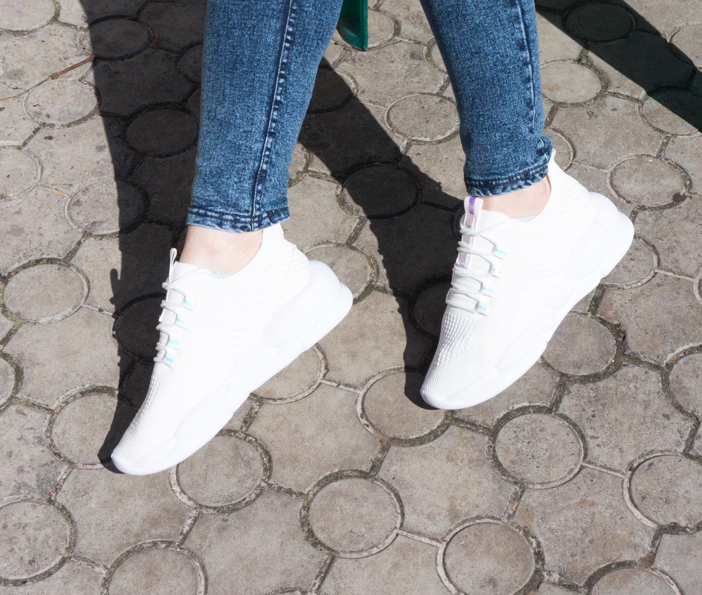большое фото №5 Женские кроссовки Loris Bottega WG-J06 белые.