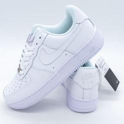 фото Кроссовки Nike Air Force 1 низкие белые - Топ качество