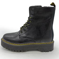 фото Черные женские кожаные ботинки с мехом в стиле Dr. Martens
