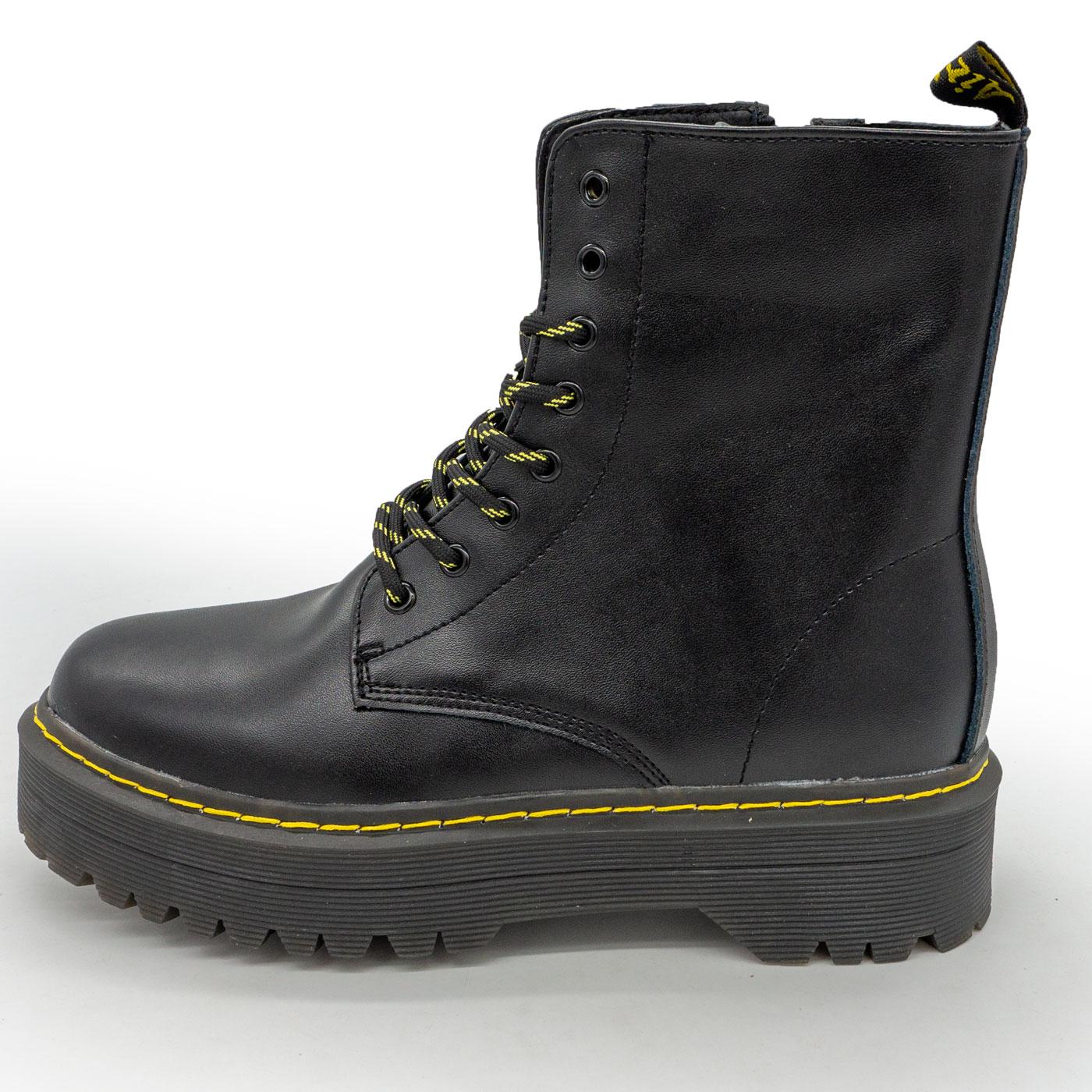 фото main Черные женские кожаные ботинки с мехом в стиле Dr. Martens main