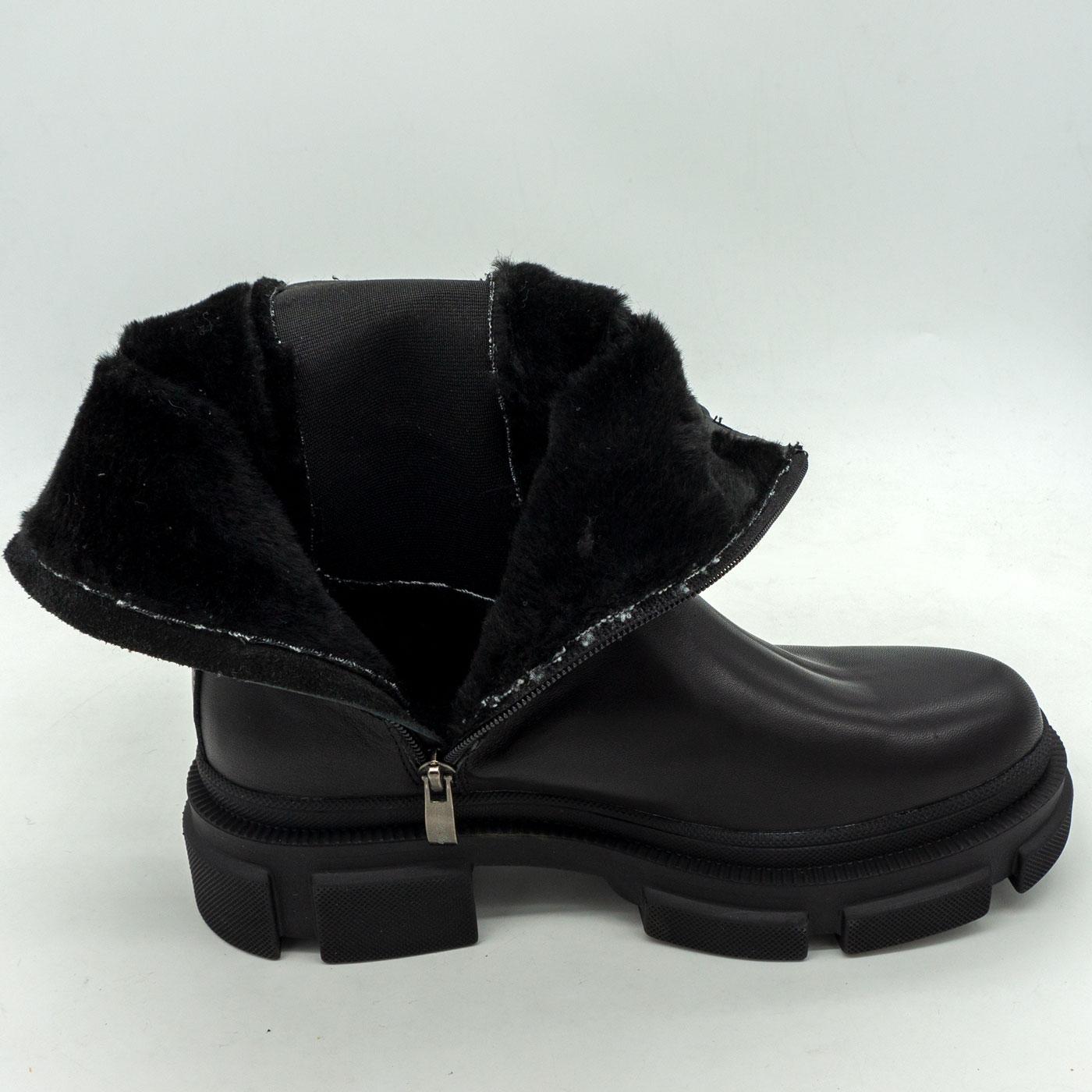фото front Зимние черные женские ботинки в Dr. Martens на платформе - 001 front