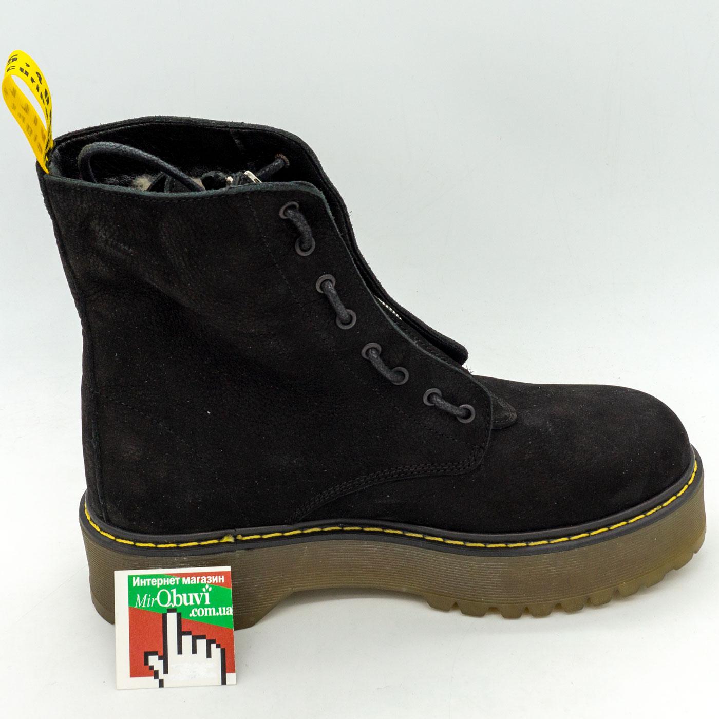фото front Черные женские ботинки с мехом на платформе в стиле Dr. Martens  нубук front