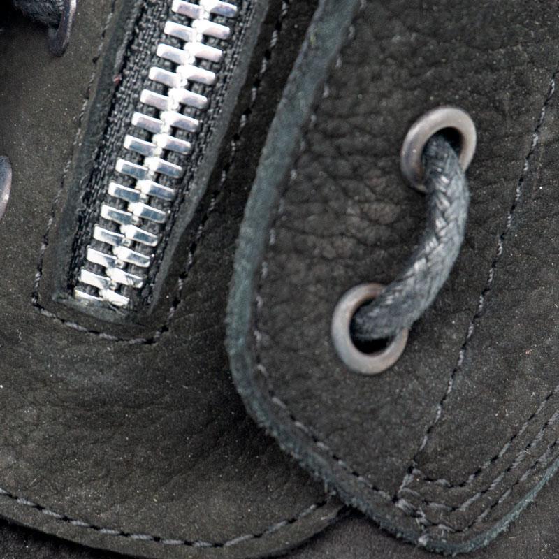большое фото №6 Черные женские ботинки с мехом на платформе в стиле Dr. Martens  нубук