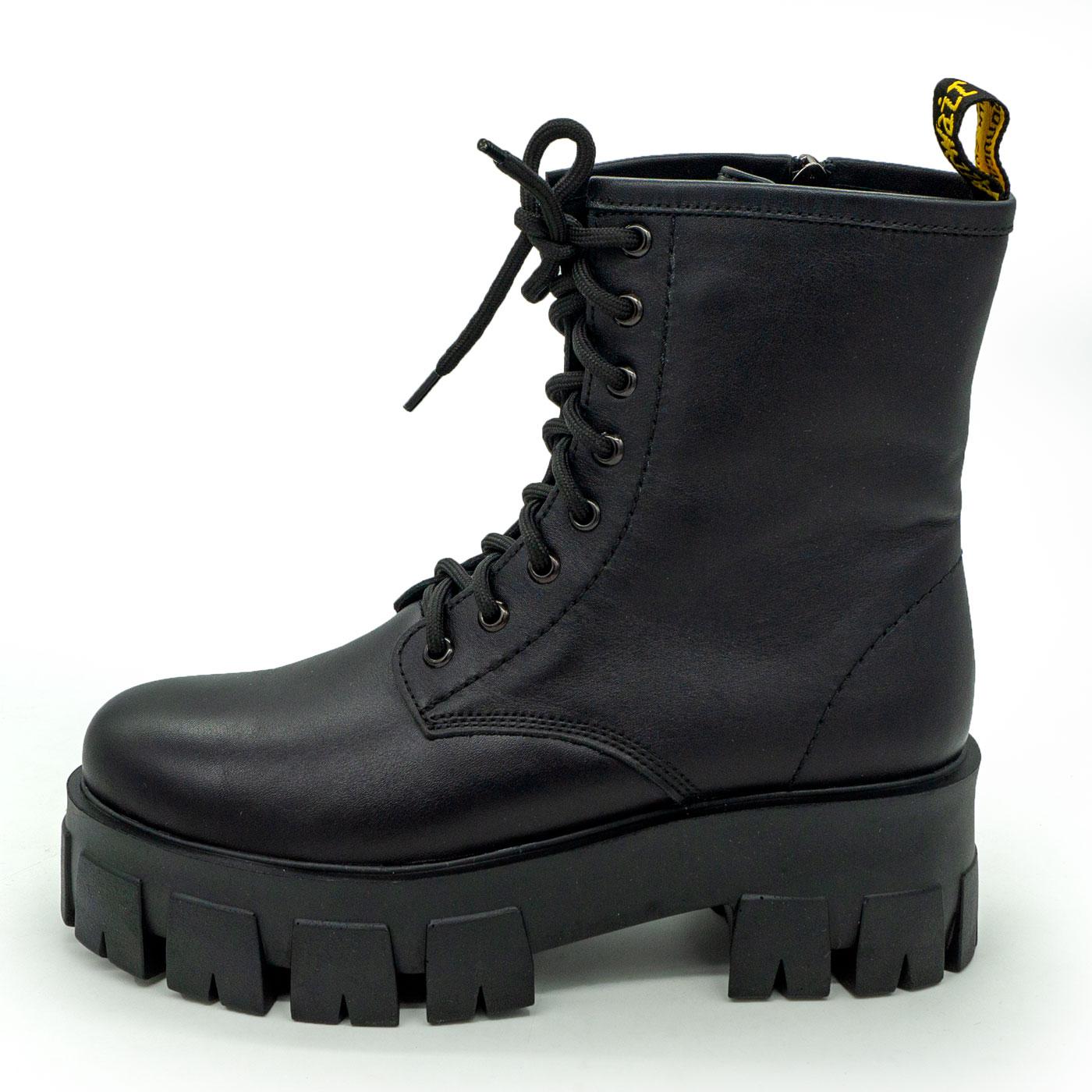 фото main Зимние черные женские ботинки в Dr. Martens на платформе - 004 main