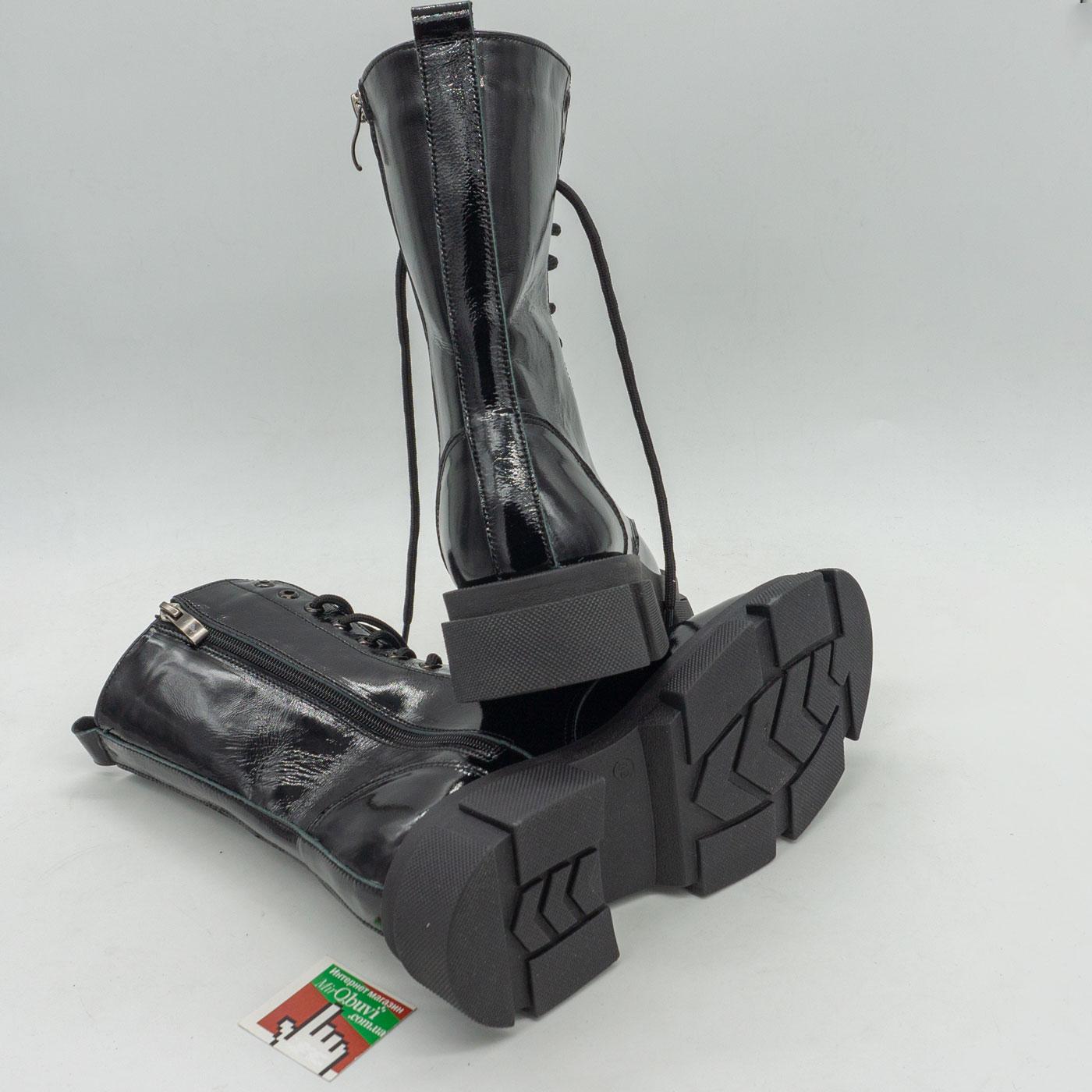 фото back Зимние черные лаковые женские ботинки в Dr. Martens на платформе - 0022 back