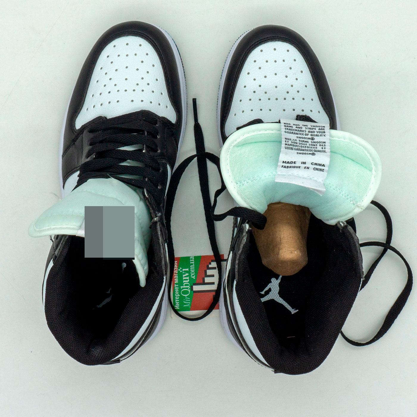 фото back Высокие черно белые кроссовки Nke Air Jordan 1 back