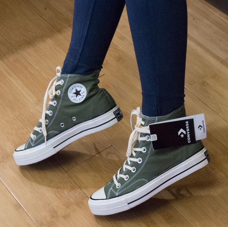 фото - Кеды Converse Chuck 70 высокие оливковые - Топ качество! на ноге.