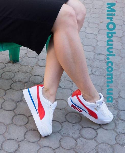 фото кроссовок Puma Pialdqom Tiger белые на ноге.
