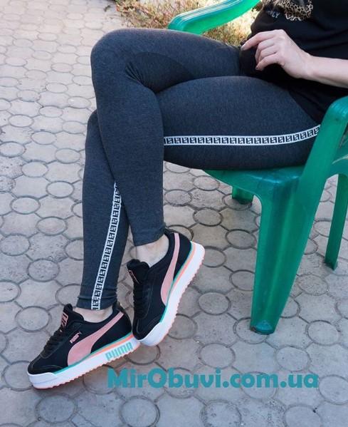 фото кроссовок Puma Pialdqom Tiger черные на ноге.