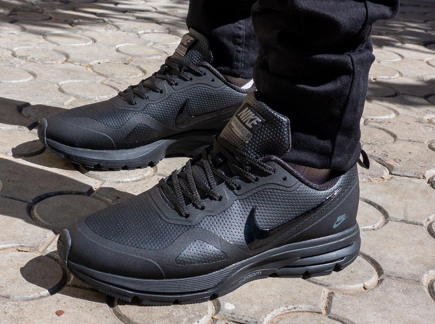 фото - Мужские осенние черные кроссовки Nike Air Pegasus +30X - Топ качество! на ноге.
