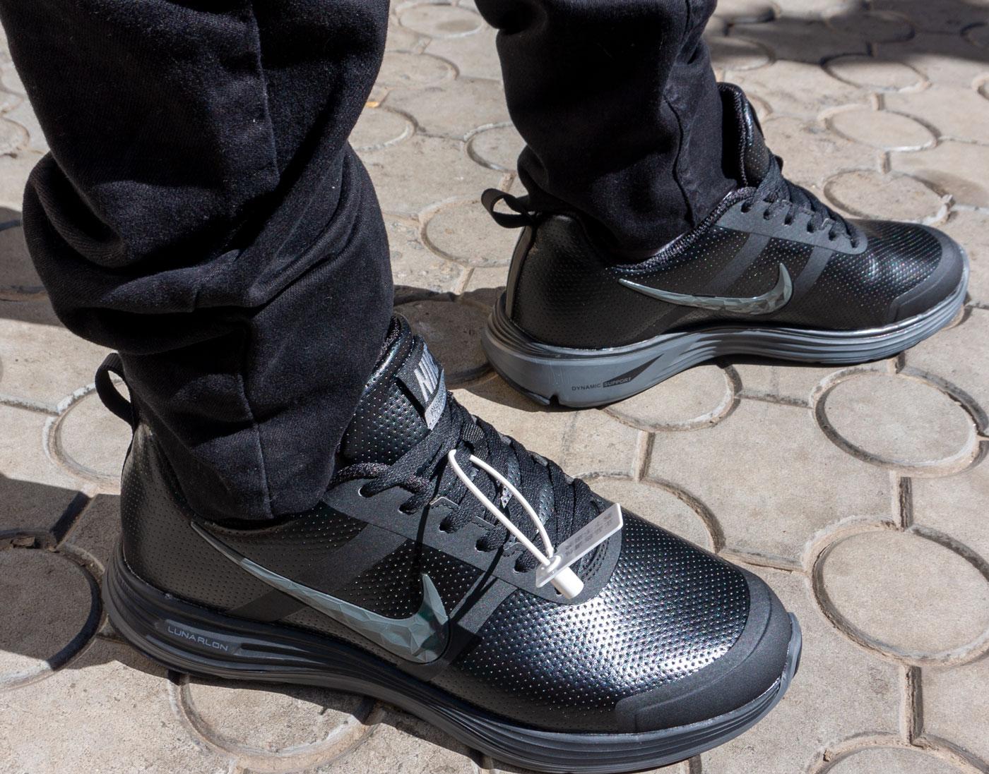 фото - Мужские осенние черные кроссовки Nike Air Relentless 26 MSL - Топ качество! на ноге.