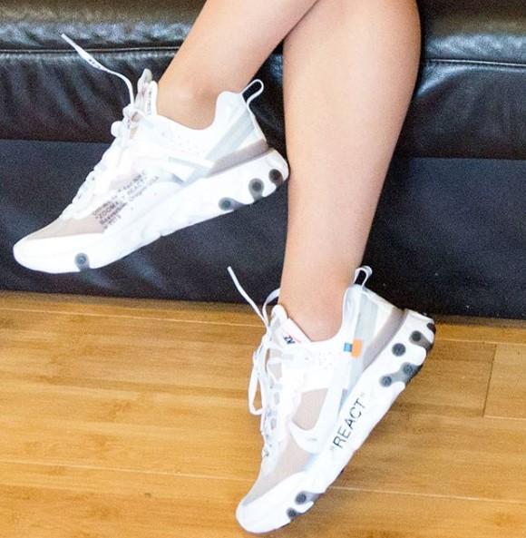 фото - Кроссовки Nike React 87 Undercover белые с серым. Топ качество! на ноге.