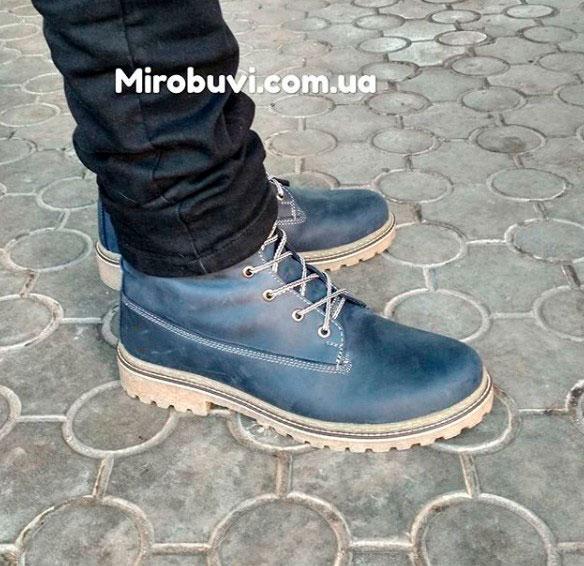 фото - Синие мужские ботинки Tim-and 103 на ноге.